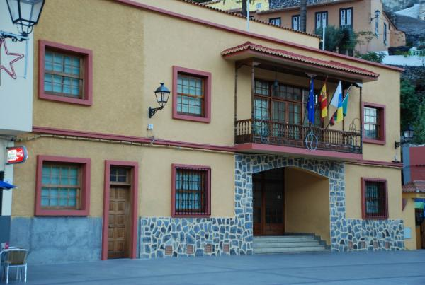 Fachada del Ayuntamiento de Vallehermoso en la Gomera
