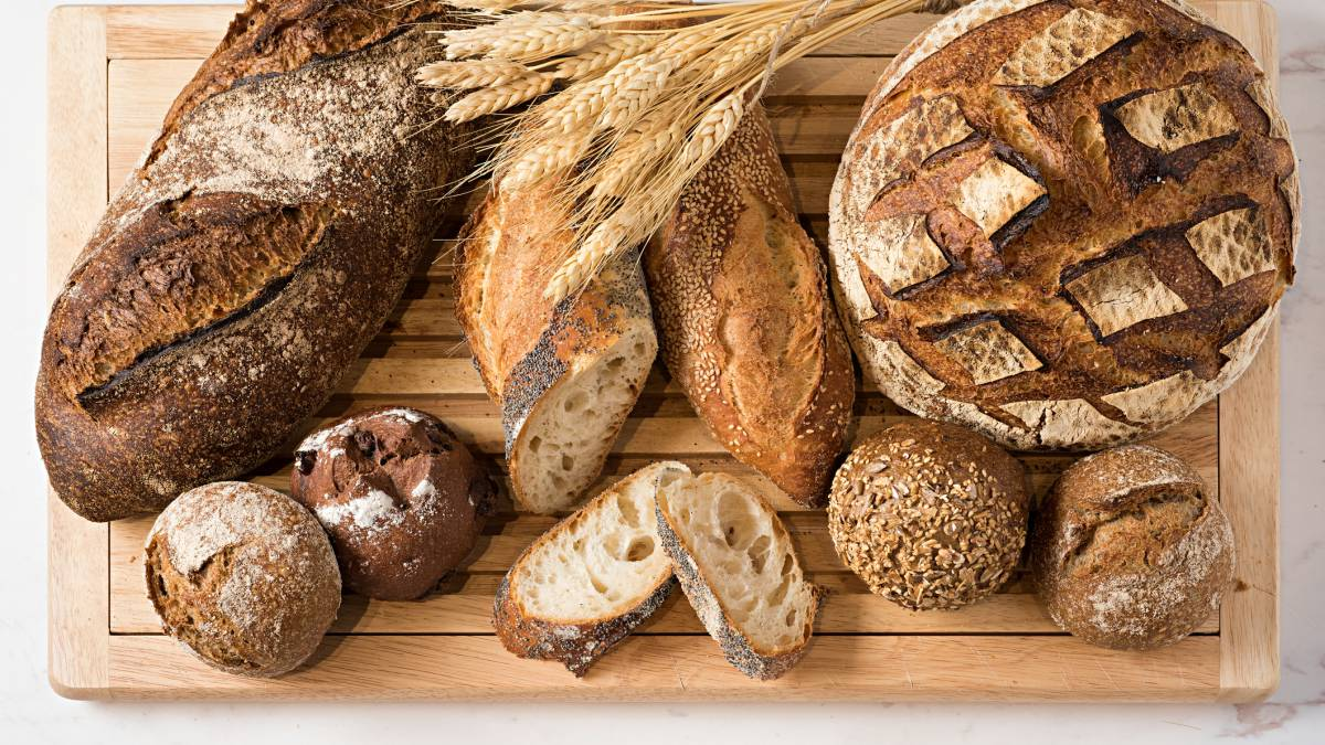 Varios panes integrales