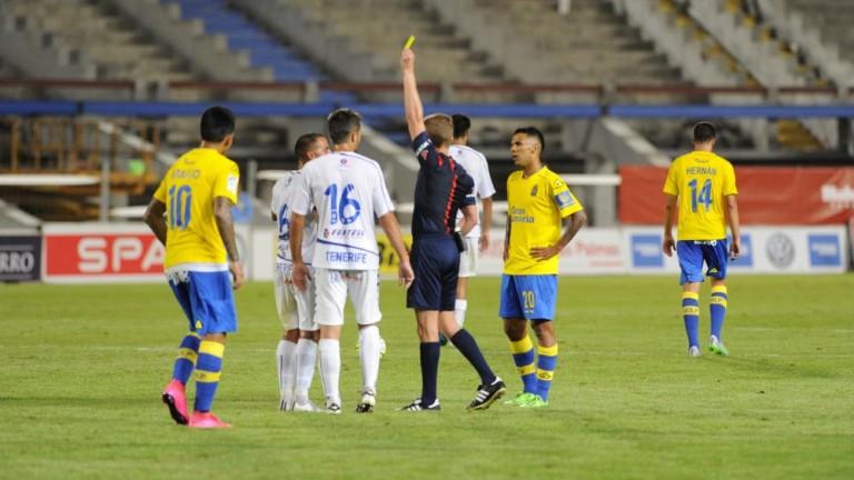 Jugadores de la UD Las Palmas y del CD Tenerife