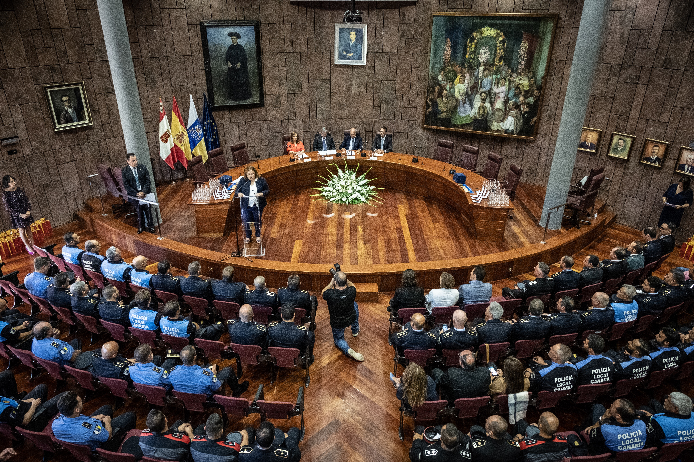 acto solemne de celebración del Día de la Policía Canaria