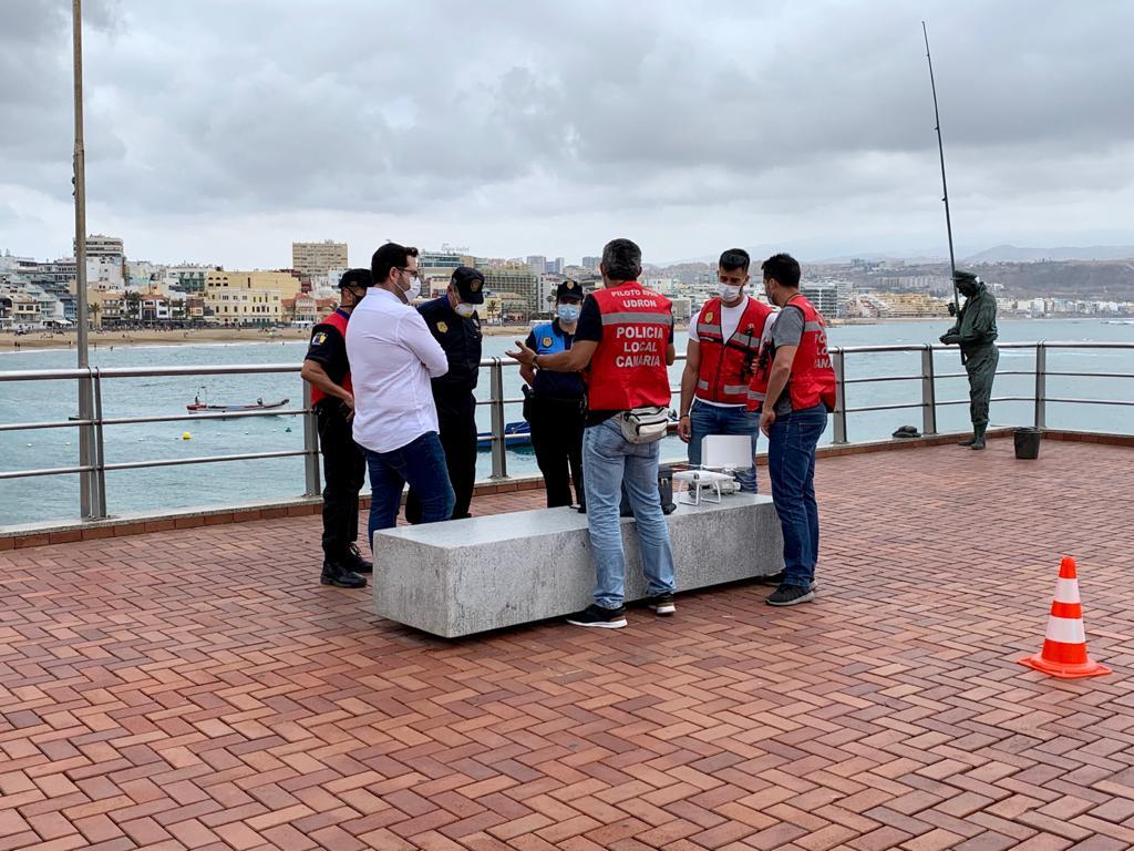 Control de drones en las playas de Las Palmas de Gran Canaria
