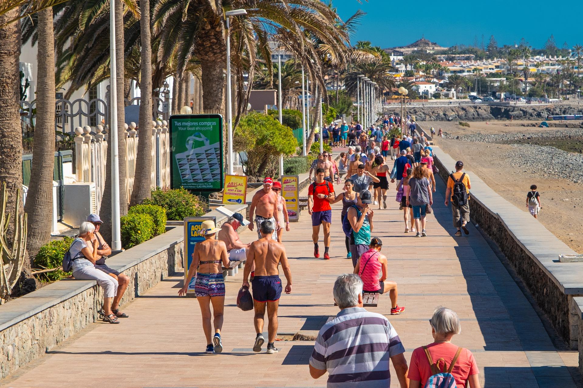 Turistas en Canarias
