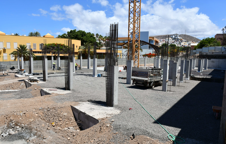Obras del edificio de aparcamientos de Arguineguín. Gran Canaria