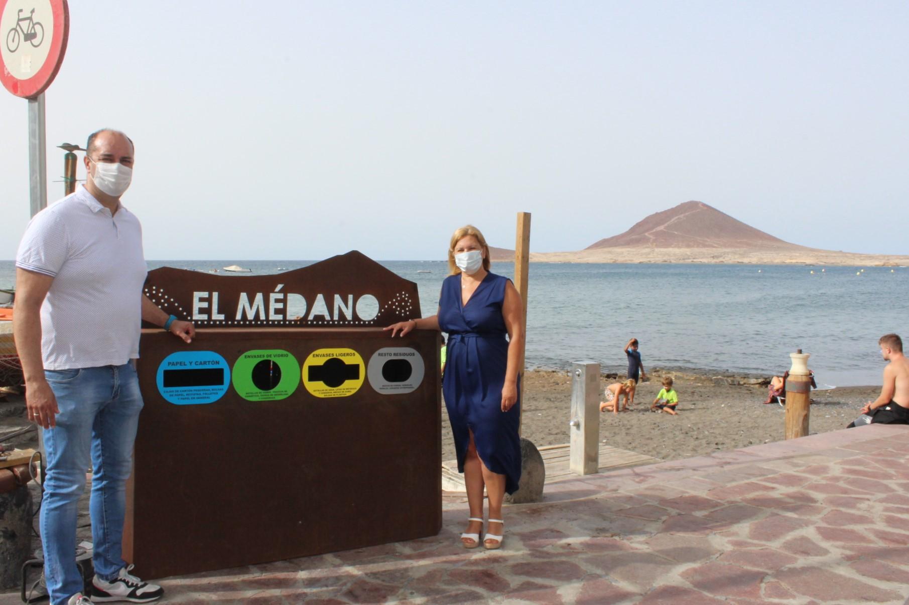 Papelera clasificación residuos de Playa Chica, Granadilla. Tenerife