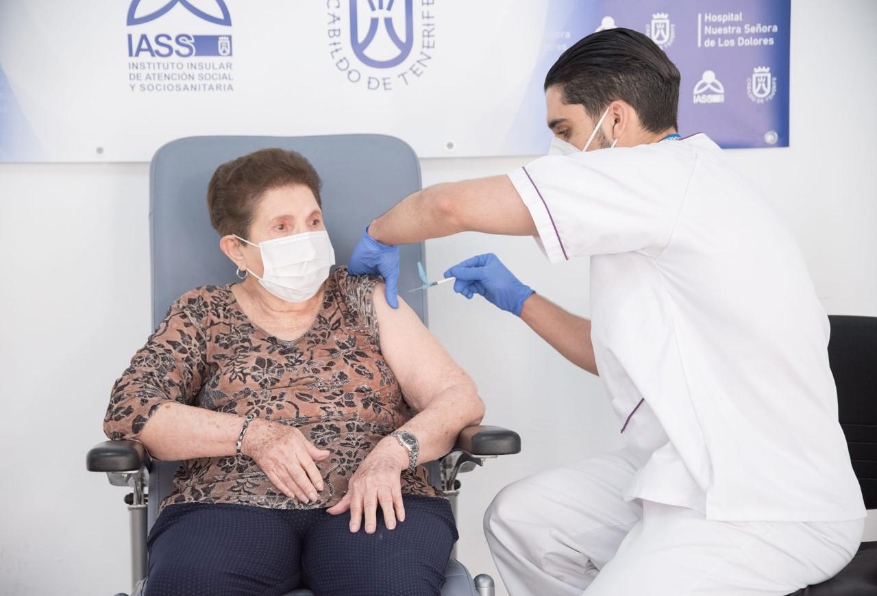 Segunda dosis de la vacuna contra la COVID-19/ canariasnoticias.es