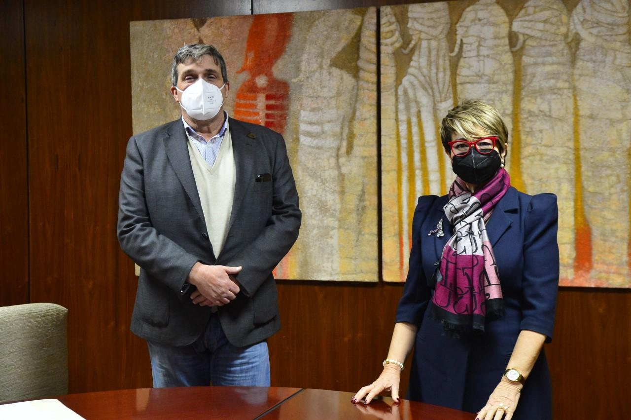 María de la Salud Gil y Javier Doreste/ canariasnoticias.es