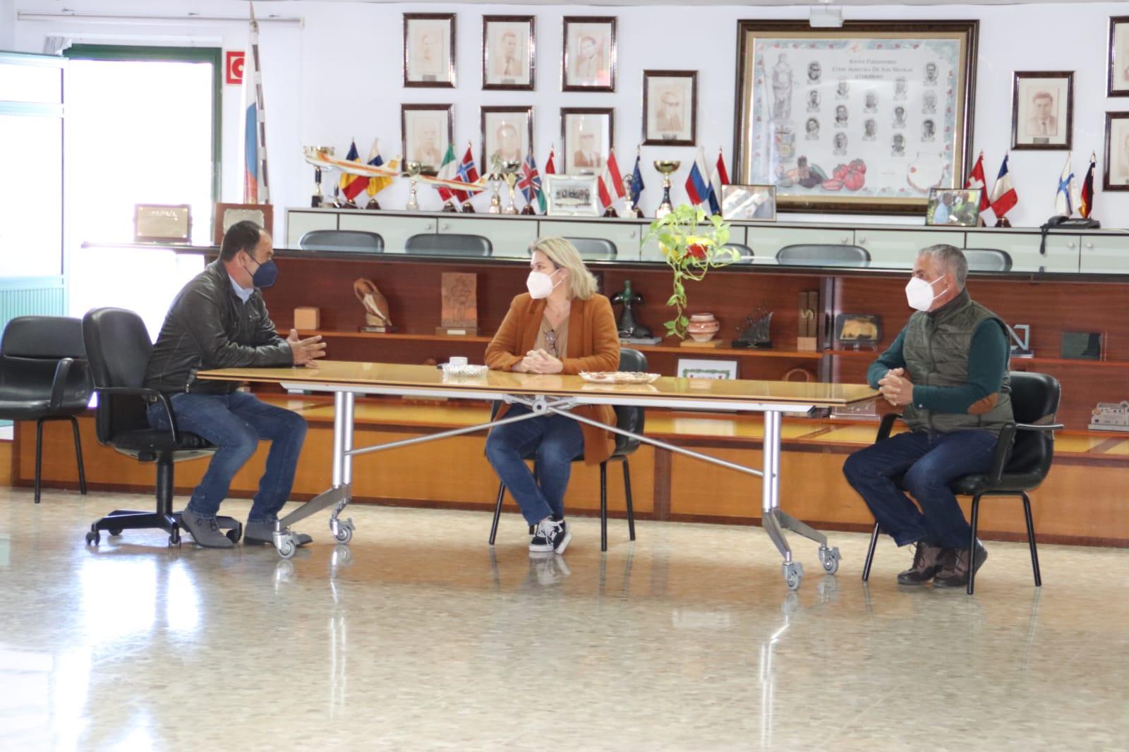 Alicia Vanoostende visita fincas de tomate en La Aldea (Gran Canaria) / CanariasNoticias.es