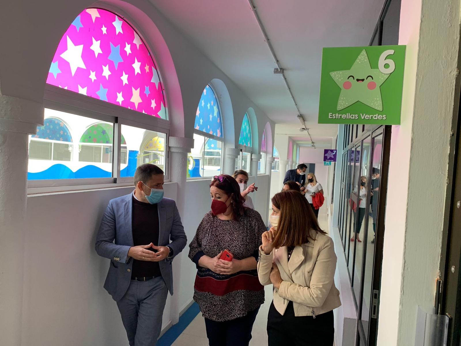 Héctor Suárez, Carmen Hernández y Manuela de Armas visitan a las escuelas infantiles municipales de Telde / CanariasNoticias.es