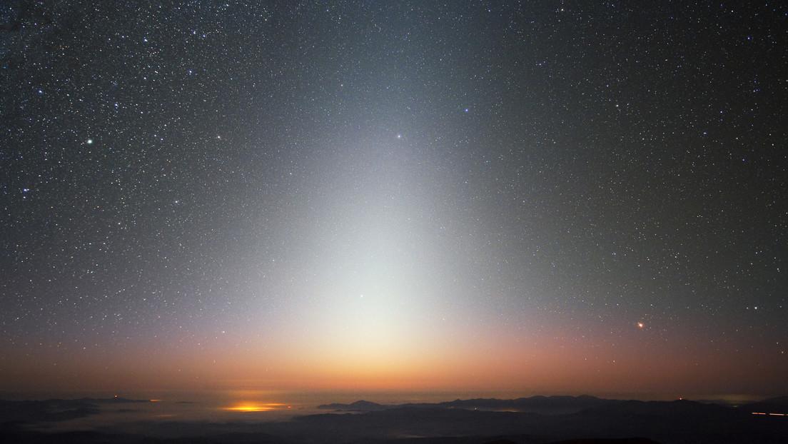 Luz zodiacal captada por el observatorio La Silla (Chile)