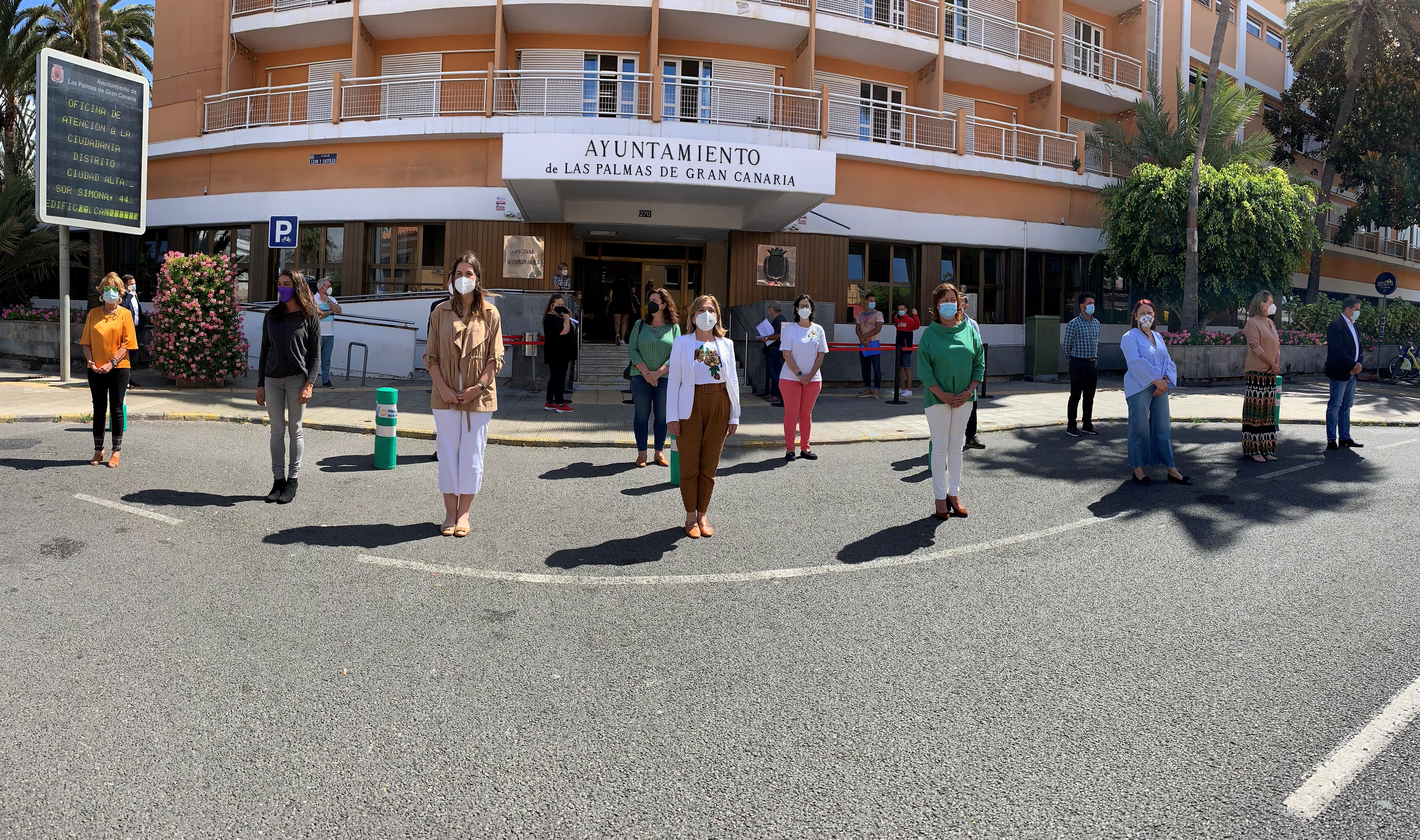 Minuto de silencio en el Ayuntamiento de Las Palmas de Gran Canaria (Gran Canaria)