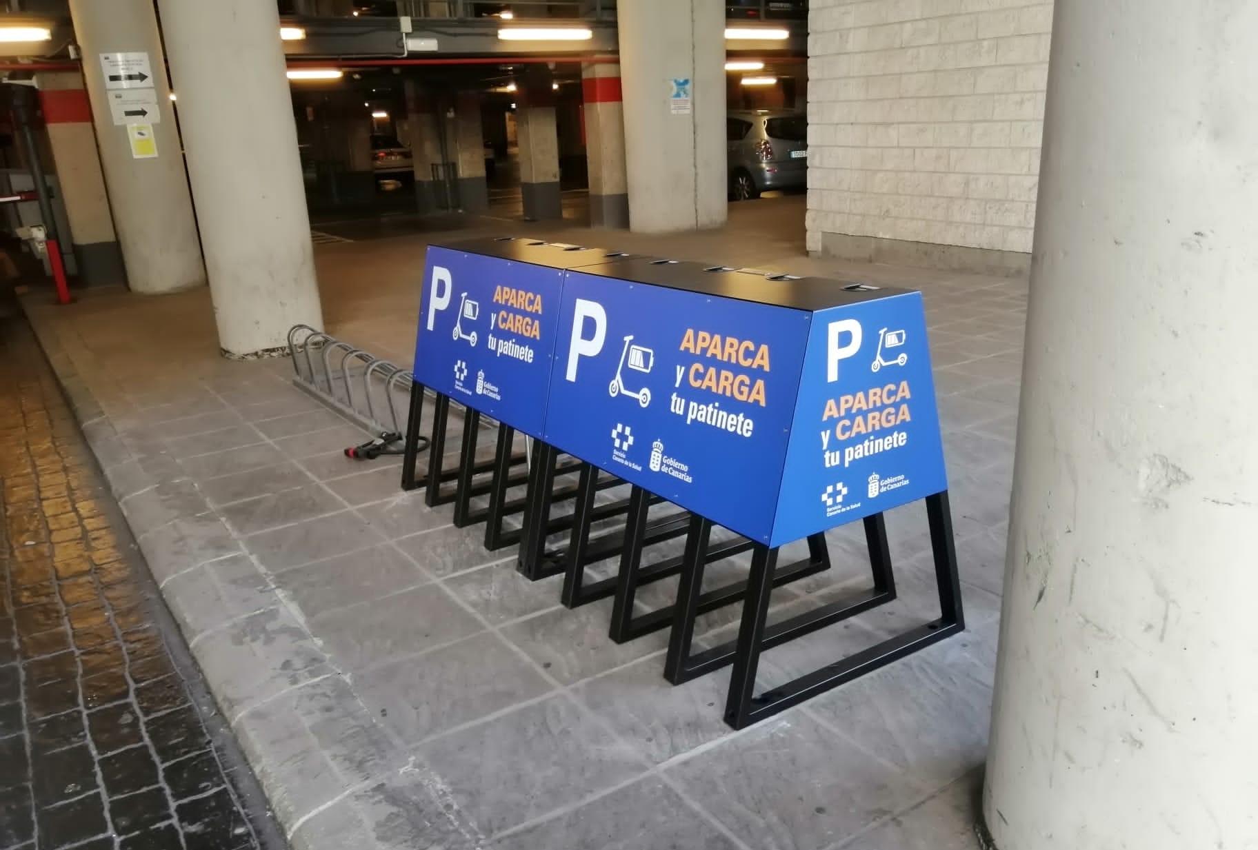 Puntos de parking y recarga eléctrica de patineta Hospital Negrín / CanariasNoticias.es