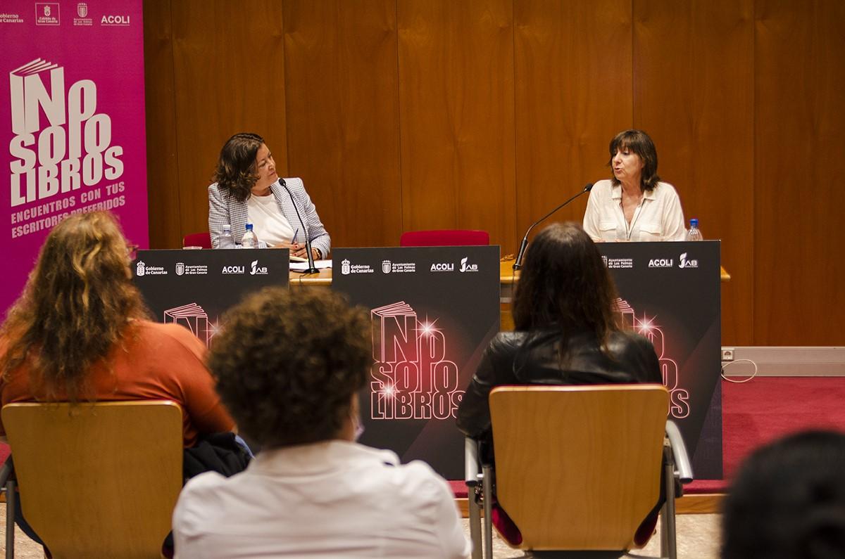 Mari Carmen Reyes. Literatura y Mujer/ canariasnoticias