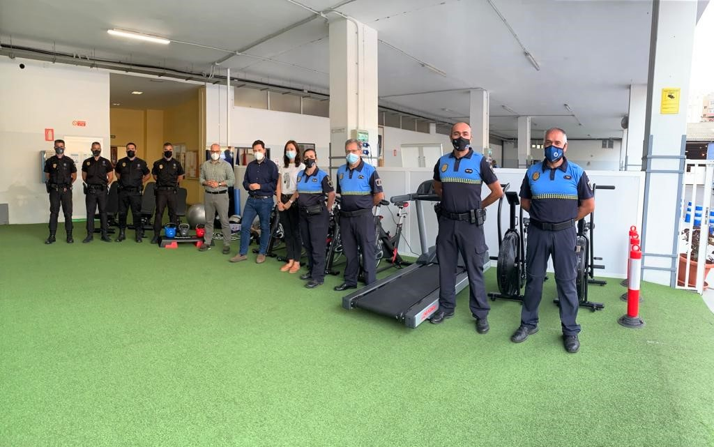 Entrega de material para la preparación física de la Policía Local de Las Palmas de Gran Canaria / CanariasNoticias.es
