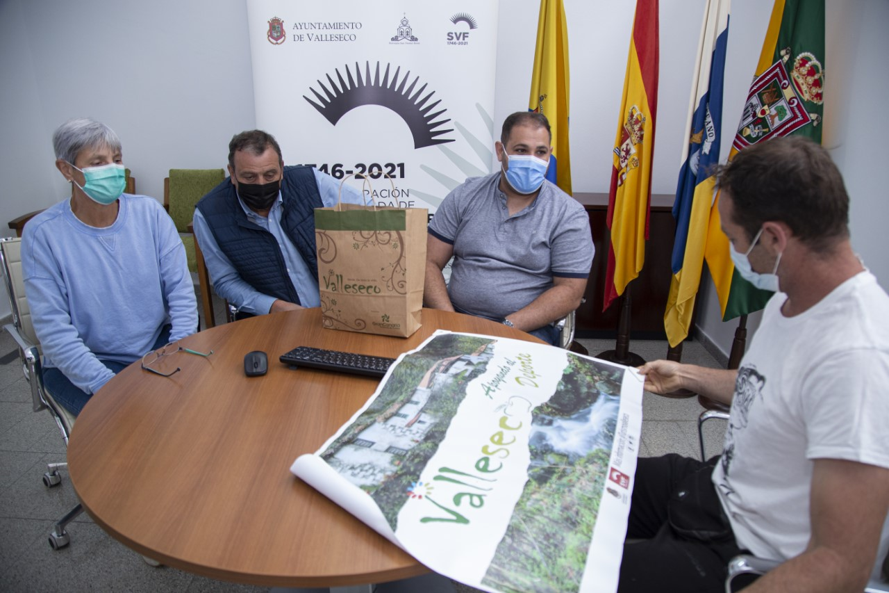 Jaime Heras López y el Grupo de Gobierno de Valleseco/ canariasnoticias