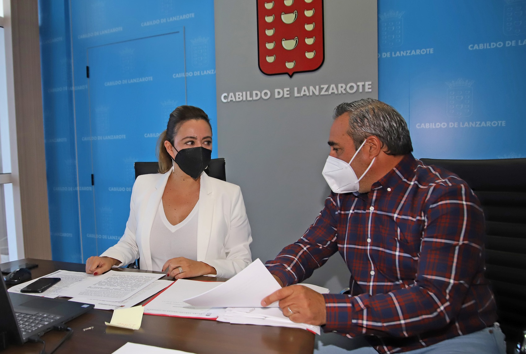 María Dolores Corujo y Ángel Vázquez / CanariasNoticias.es