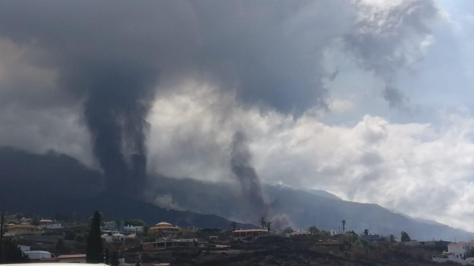 Nueva boca del volcán de La Palma/ canariasnoticias