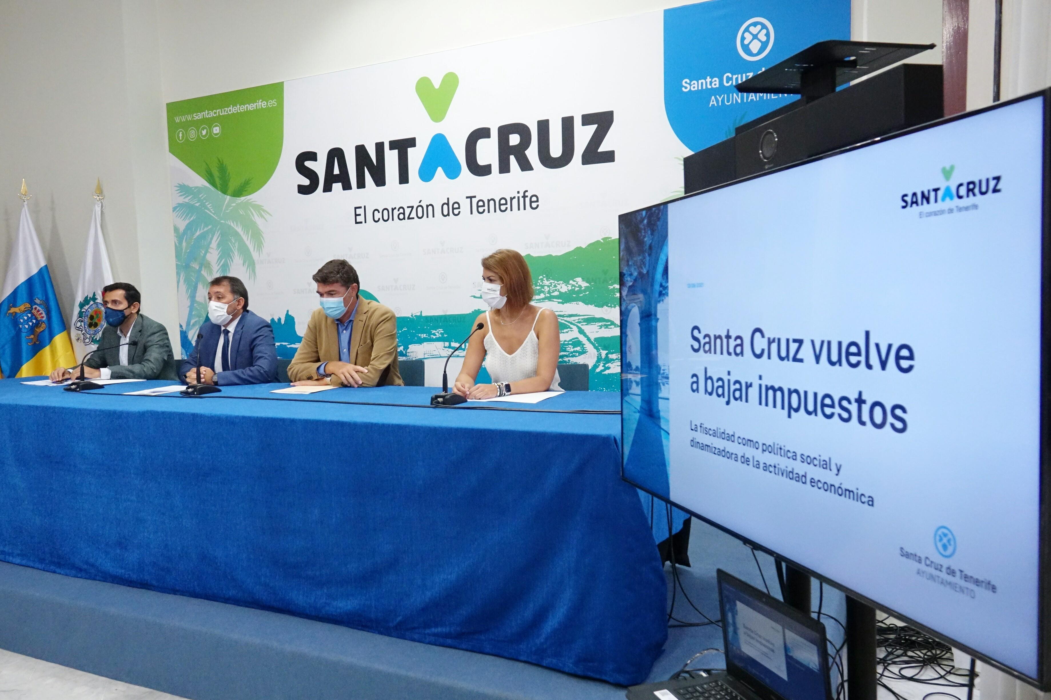 Presentación de las reformas fiscales en Santa Cruz de Tenerife / CanariasNoticias.es
