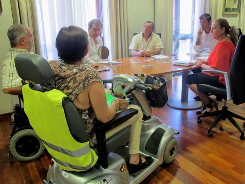 Reunión con colectivo de discapacidad