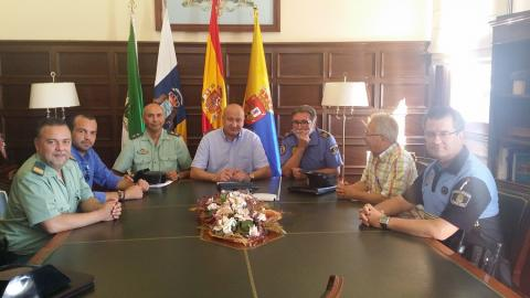 Visita del Jefe de Operaciones de la Guardia Civil a SAnta Brígida