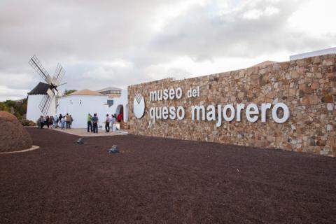 Fachada del edificio del Museo del Queso de Fuerteventura