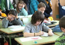 Niños en un colegio