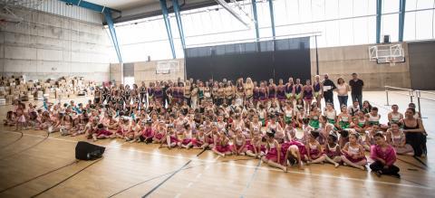 Alumnos de la Escuela Municipal de Danza de Candelaria