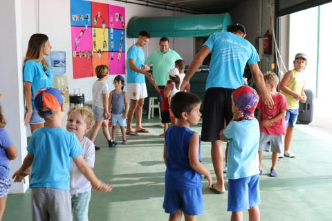 Visita del concejal al campamento deportivo