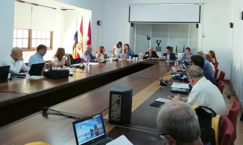 Mesa del pleno del Consejo Social de la ULL