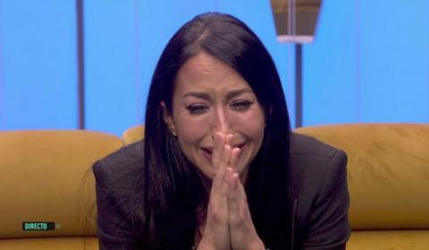 Aurah Ruiz llorando