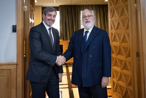 Fernando Clavijo y Miguel Arias Cañete