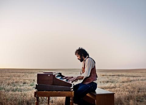 Julián Maeso al piano