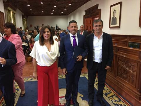Carmen Hernández, Héctor Suárez y Juan Francisco Artiles