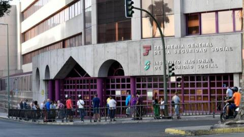 """Arucas inaugura la exposición: """"El Recuerdo Encendido. Material cinematográfico en las colecciones de Genaro Marrero."""""""
