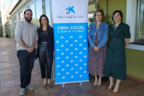 Marco Lorenzo, Yaiza Cáceres, Laura García y Mónica Barreta en el Residencia de Mayores de Tijarafe