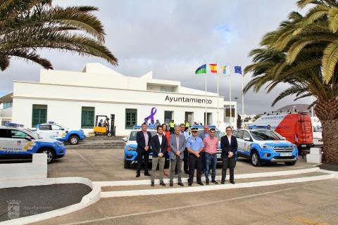 Presentación de los nuevos vehículos para la Policía Local y Protección Civil de Tías