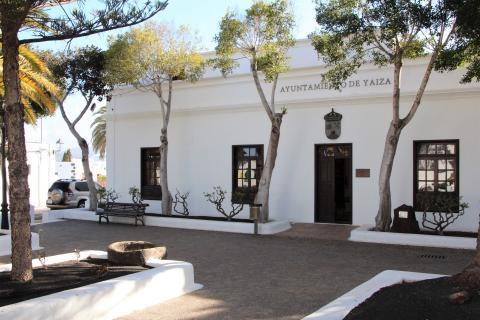 Fachada del Ayuntamiento de Yaiza