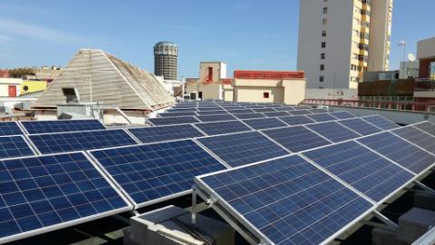 paneles de energía fotovoltaica en Gran Canaria