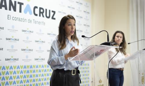 Patricia Hernández y Elena Mateo en Santa Cruz de Tenerife