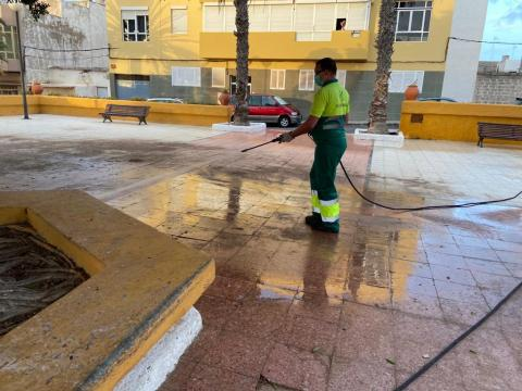 Telde continúa con las labores intensivas de limpieza en los barrios