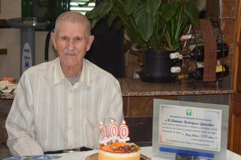 Antoñito Rodríguez cumple 100 años en Valsequillo. Gran Canaria