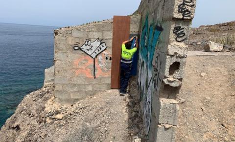 Cerrado por seguridad el acceso a la playa de Agua Dulce en Guía de Isora. Tenerife