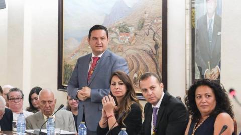 José Luis Menoa y concejales de Arona