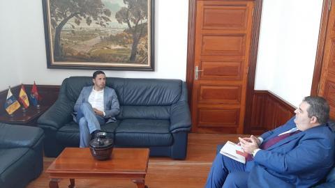 Reunión Héctor Suárez y Daniel Sánchez. Telde