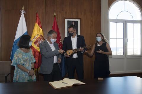 Visita de Pedro Sánchez al Cabildo de Lanzarote