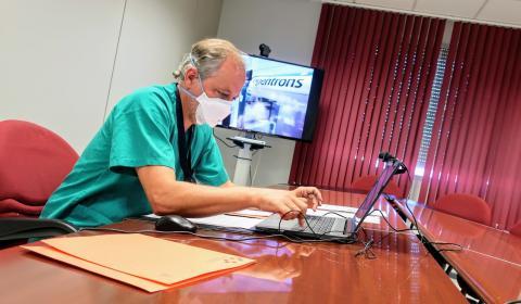 Óscar Díez, jefe de Microbiología del Hospital la Candelaria