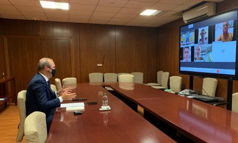 Augusto Hidalgo comparte con Colectivos Vecinales las medidas contra la COVID-19 en Las Palmas de Gran Canaria