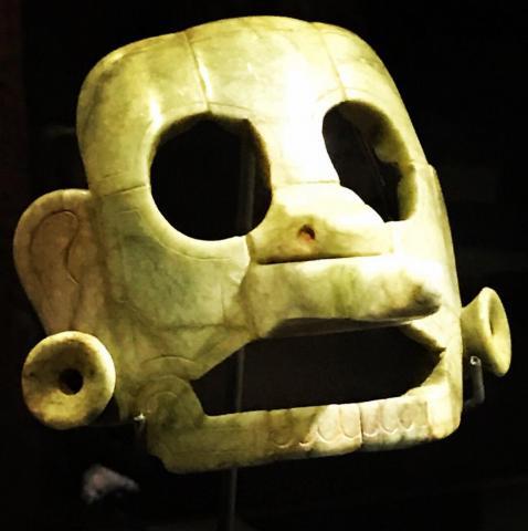 Guatemala recupera una antigua máscara de jade