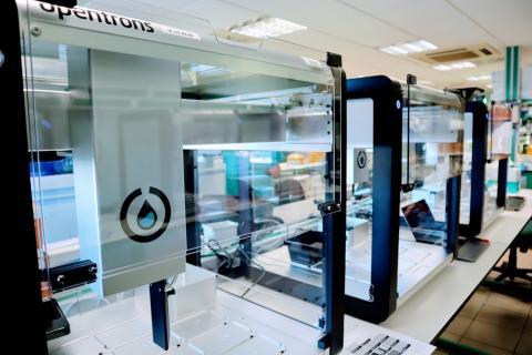 Robot para la realización de pruebas PCR. Canarias