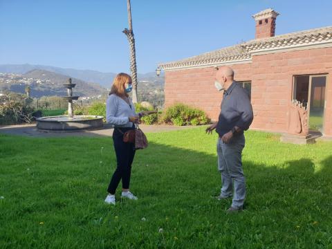 Inés Jiménez y Juli Caujapé en el Jardín Canario. Las Palmas de Gran Canaria