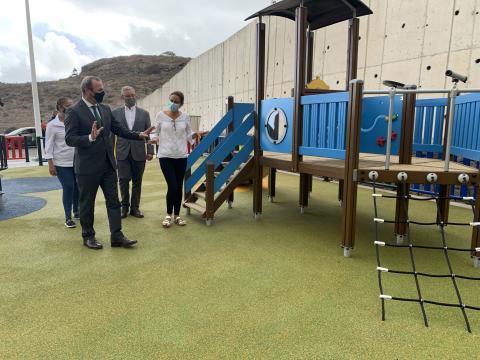 Parque infantil inclusivo en Ciudad del Campo. Las Palmas de Gran Canaria